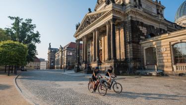 E-Bikes Trekking Herren